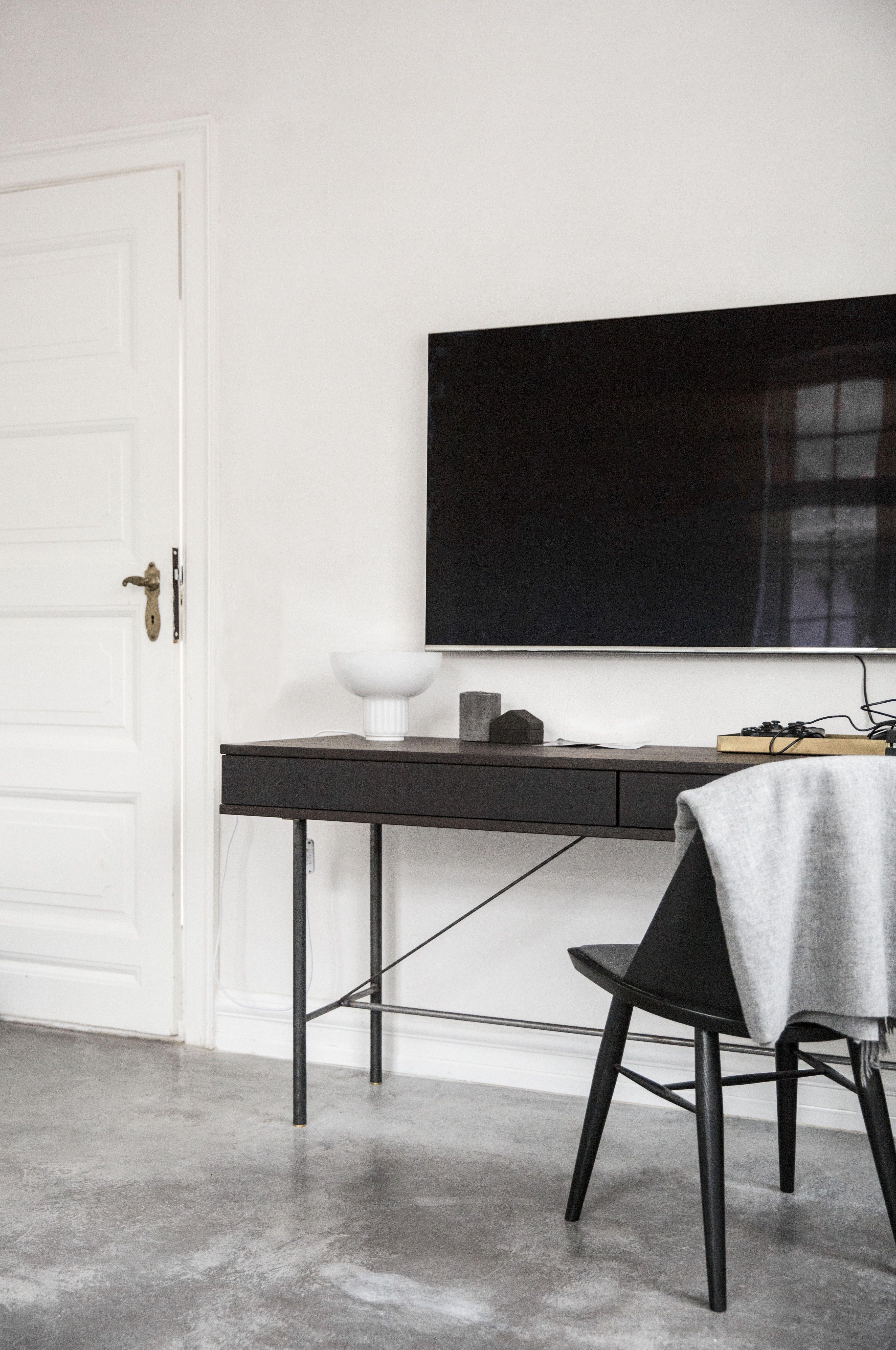MENU Synnes Chair, The Standard Table Lamp, House | MENU I New ...