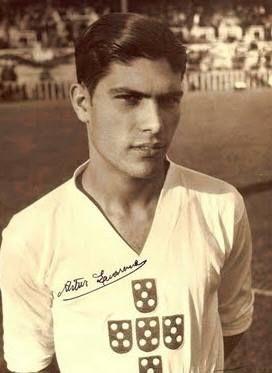 Artur Quaresma (tio-avô de Ricardo Quaresma) que num célebre jogo Espanha/Portugal recusou fazer a saudação nazi | Anonymous Portugal Internacional