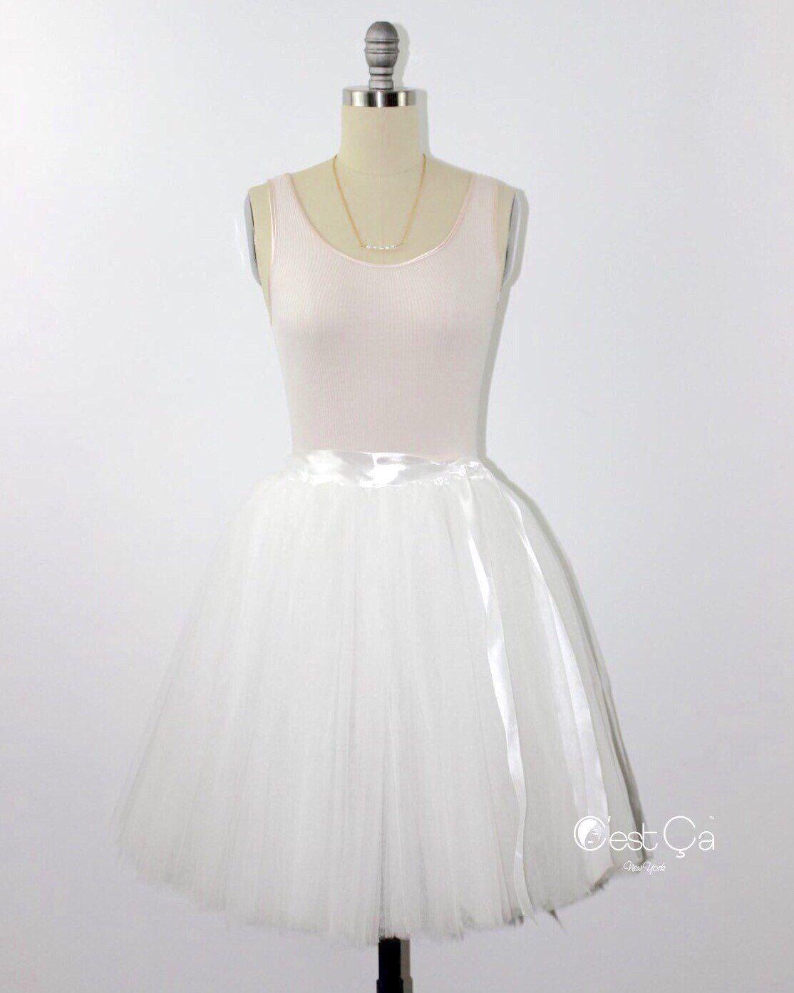 Clarisa Cream White Tulle Skirt Bridesmaids Tulle Skirt Etsy White Tulle Skirt Tulle Skirt Bridesmaid Tulle Skirt [ 1393 x 1114 Pixel ]