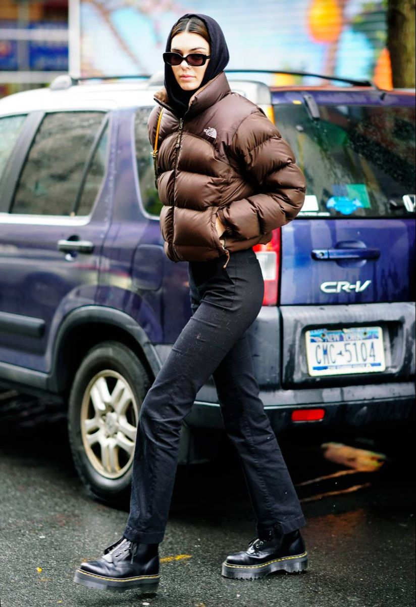 Pin By Mad On Seasons North Face Jacket Outfit North Face Outfits North Face Puffer Jacket [ 1200 x 824 Pixel ]