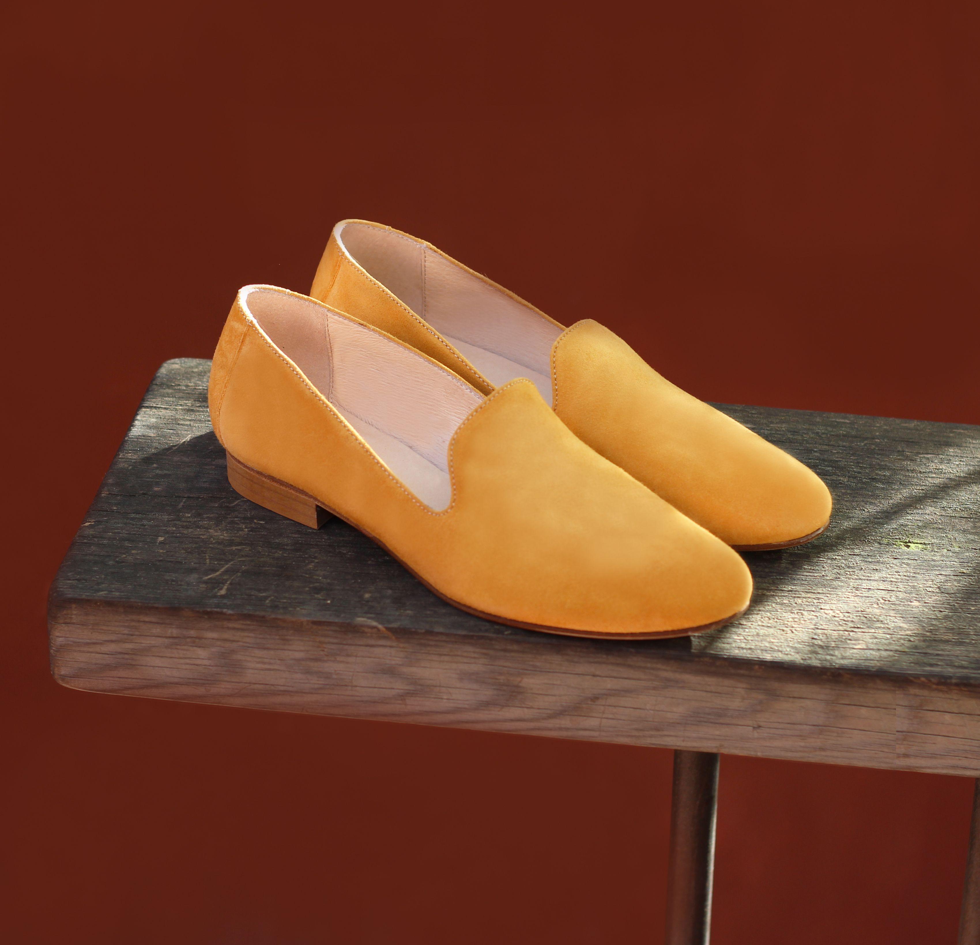 Slippers classiques daim jaune moutarde en 2019 | Printemps