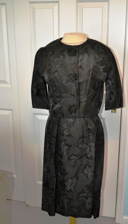 7e13daba905 Vintage Sexy little black dress Leslie Fay Original classic cocktail dress  with jacket.