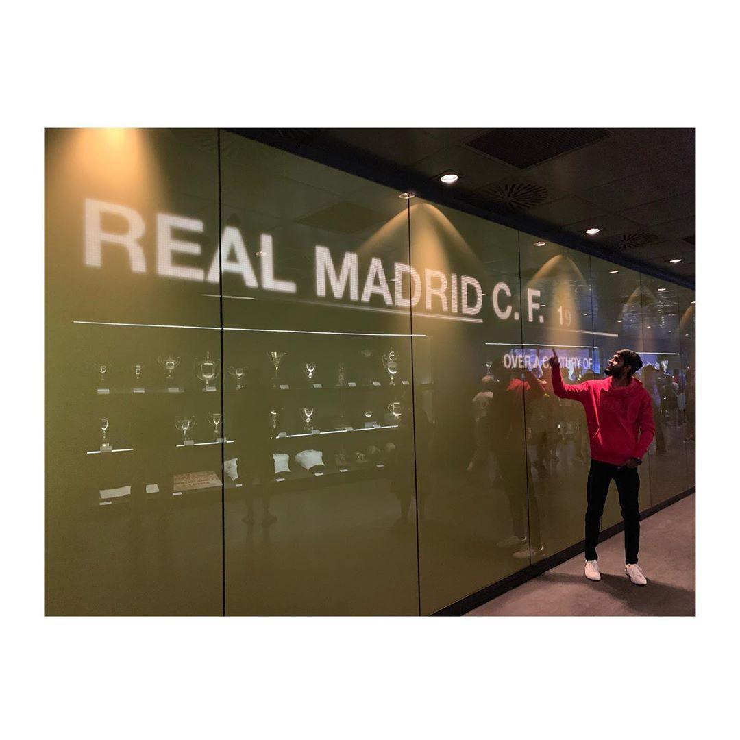 #realmadrid #cr #football #barcelona #ronaldo #halamadrid #messi #juventus #cristianoronaldo #soccer #laliga #madrid #championsleague #cristiano #futbol #fifa #neymar #a #liverpool #sergioramos #manchesterunited #fcbarcelona #psg #premierleague #chelsea #ucl #madridista #ramos #spain #bhfyp