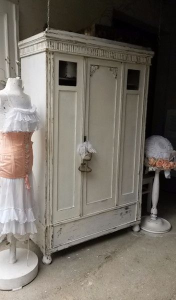 Vintage Schränke - Kleiderschrank Shabby Chic - ein ...