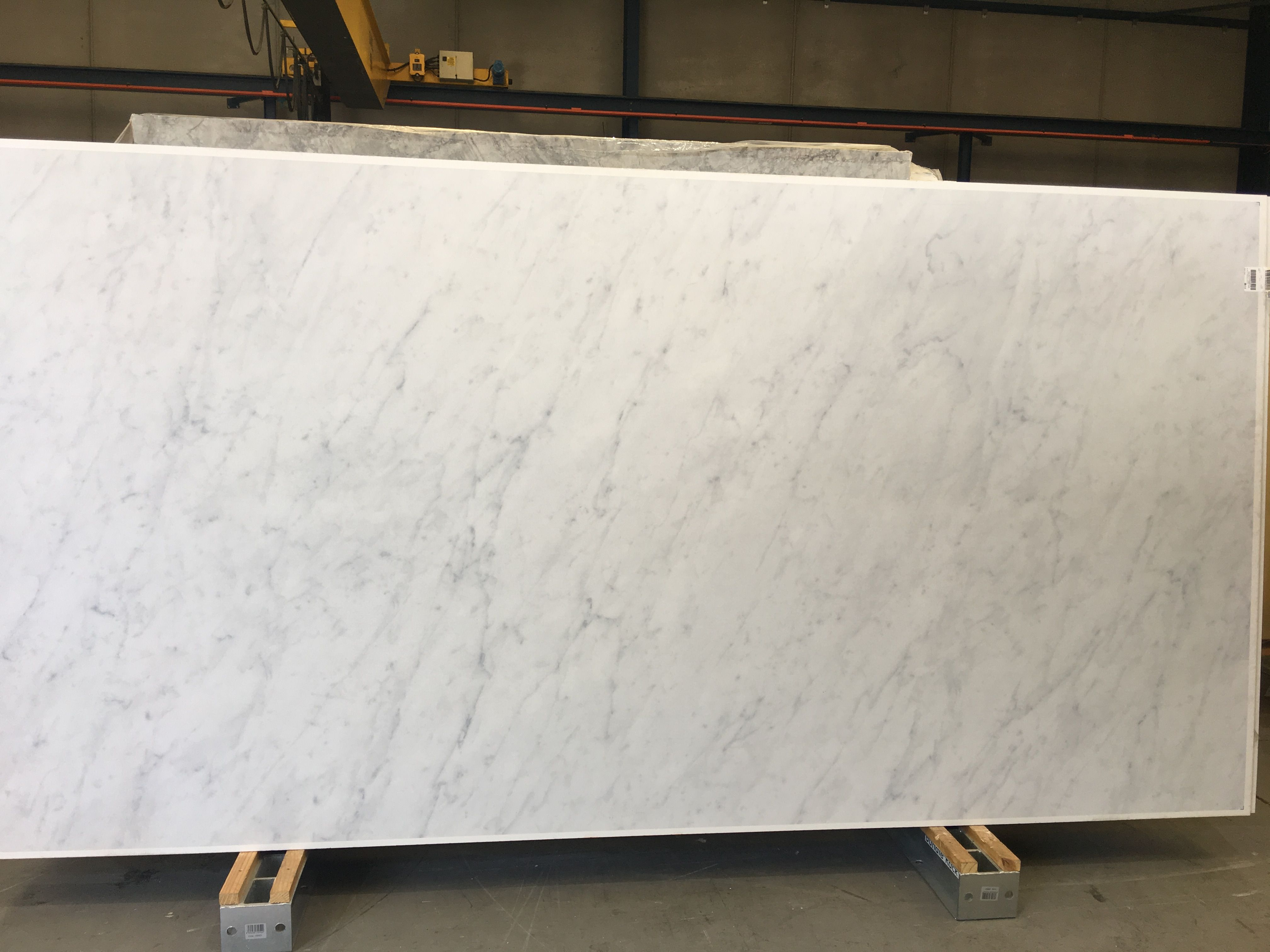 This is new Neolith Blanco Carrara. It is extraordinary! We hope ...