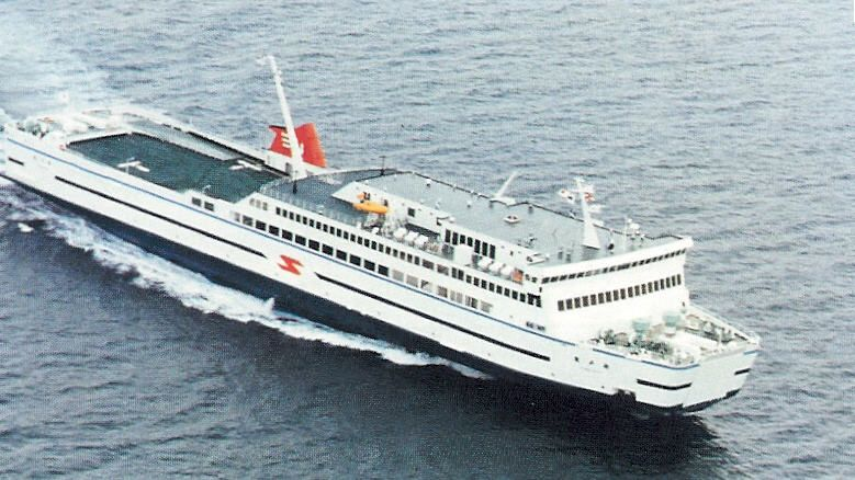 Operational Code Of Conduct And Maintenance Standards For Fast Ferries - How many mph does a cruise ship go