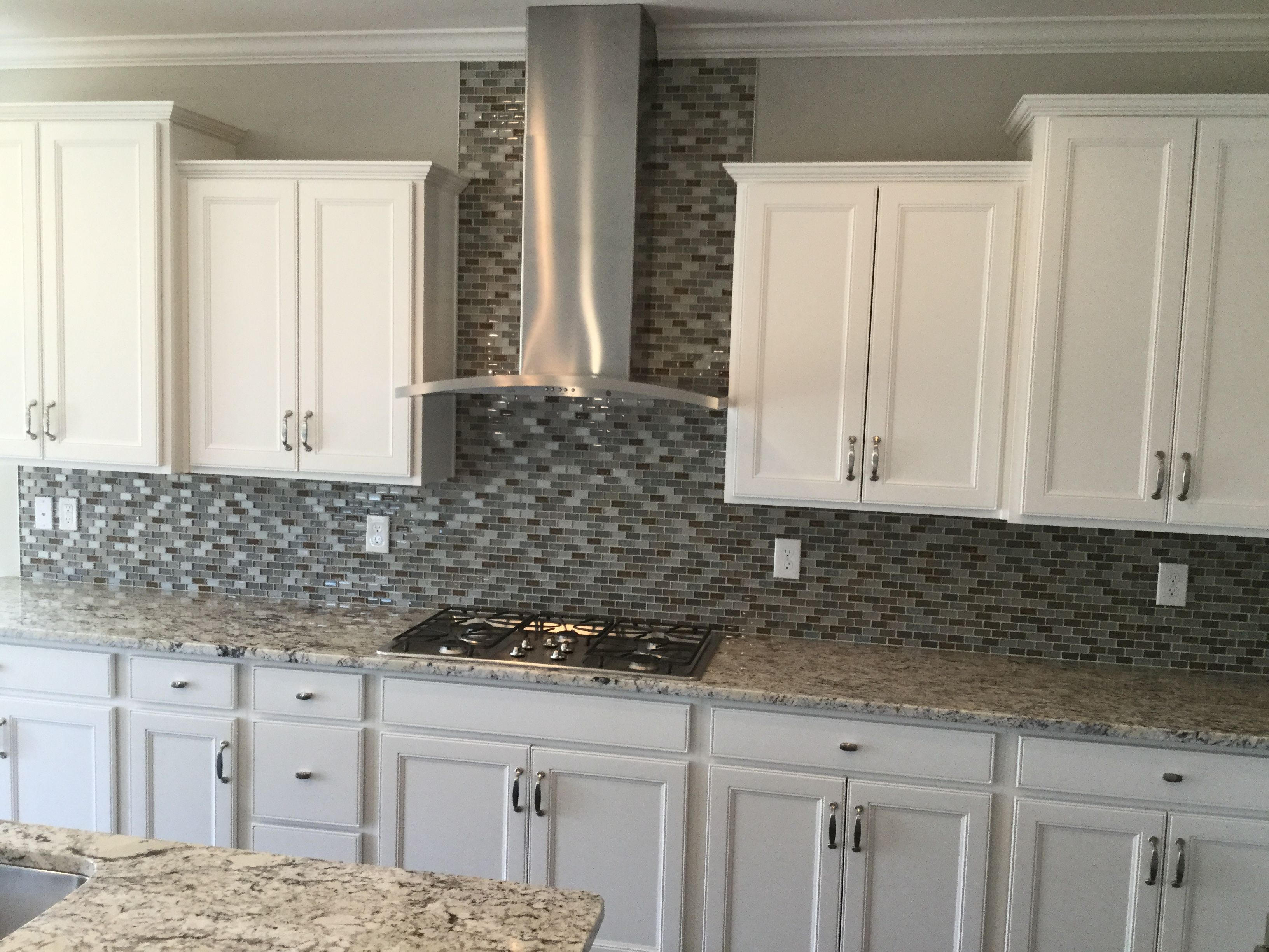 Best Landen Painted White Cabinets Gourmet Kitchen Mi Homes 400 x 300