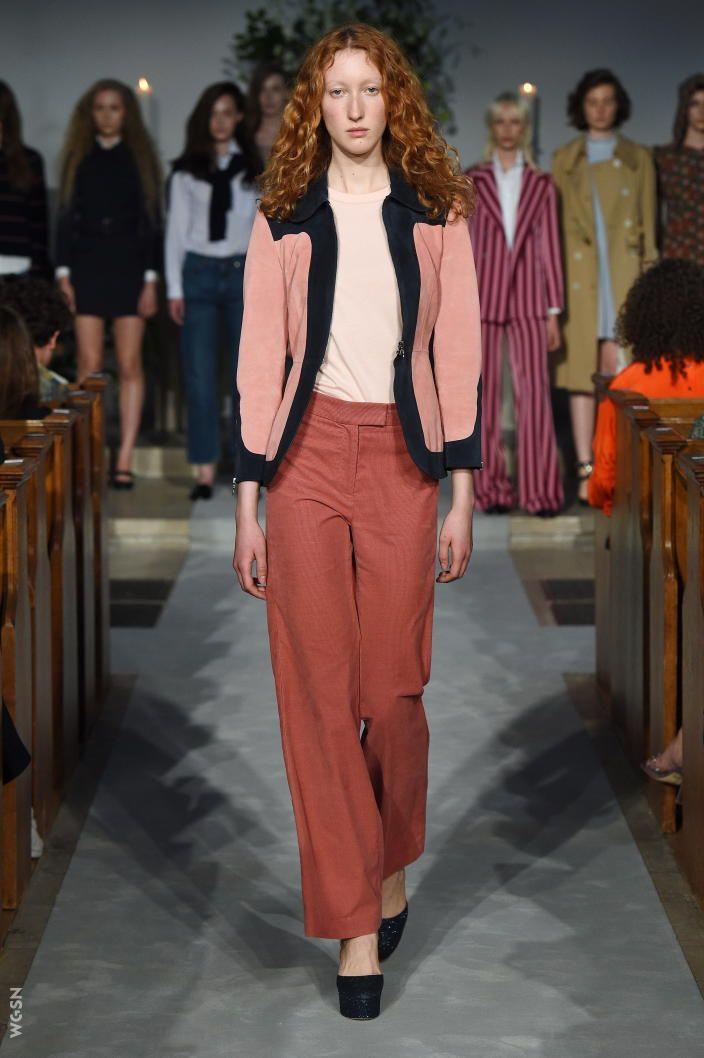 foto de Pin de patricia Sotomayor h en Alexa chung Pasarela Otoño moda 2017 Alexa chung