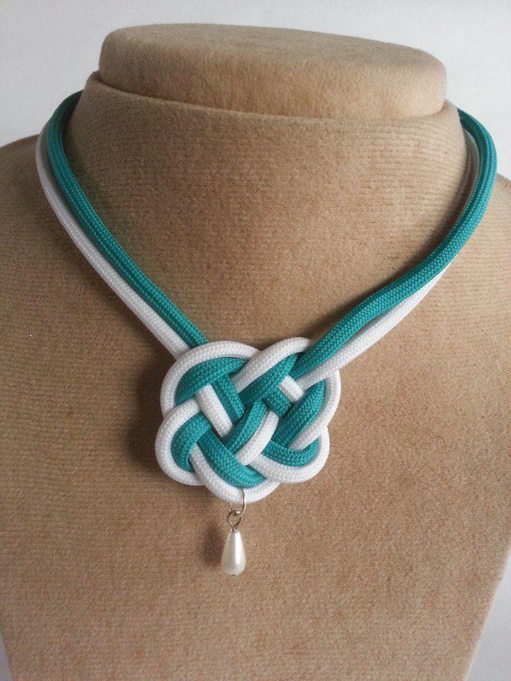 Collar nudo celta con perla