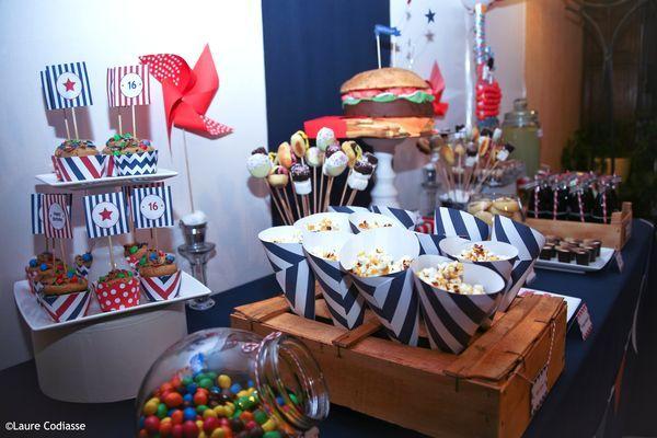 Une sweet table pour un anniversaire sur le thème des Etats-Unis | Anniversaire usa ...