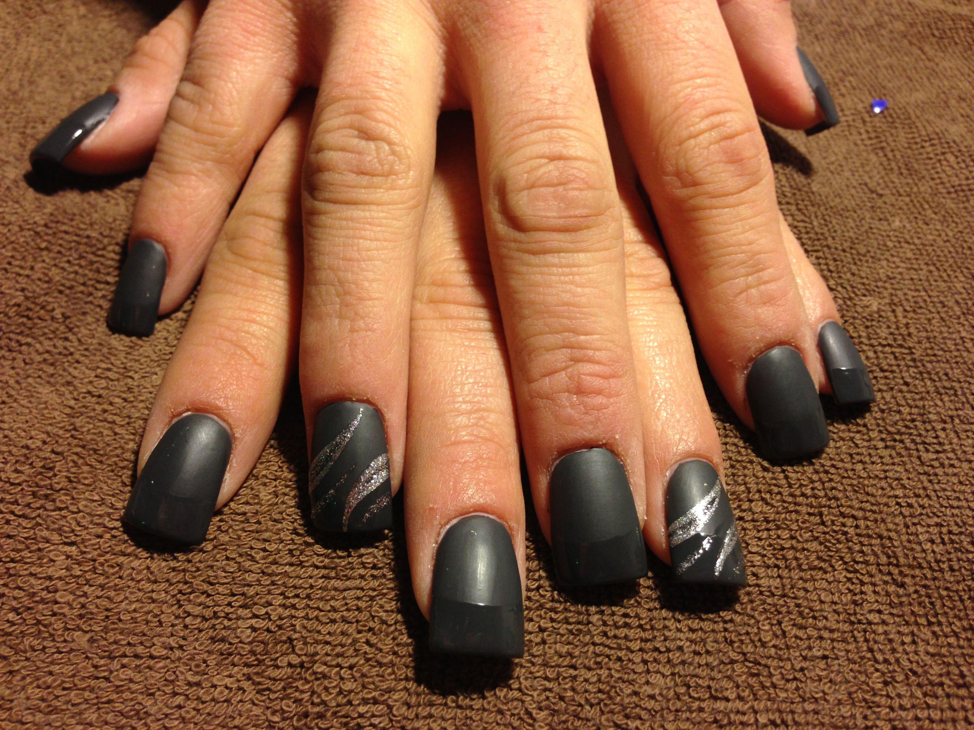 Dark gray matte nails with shiny tips | Nails! | Pinterest | Grey ...