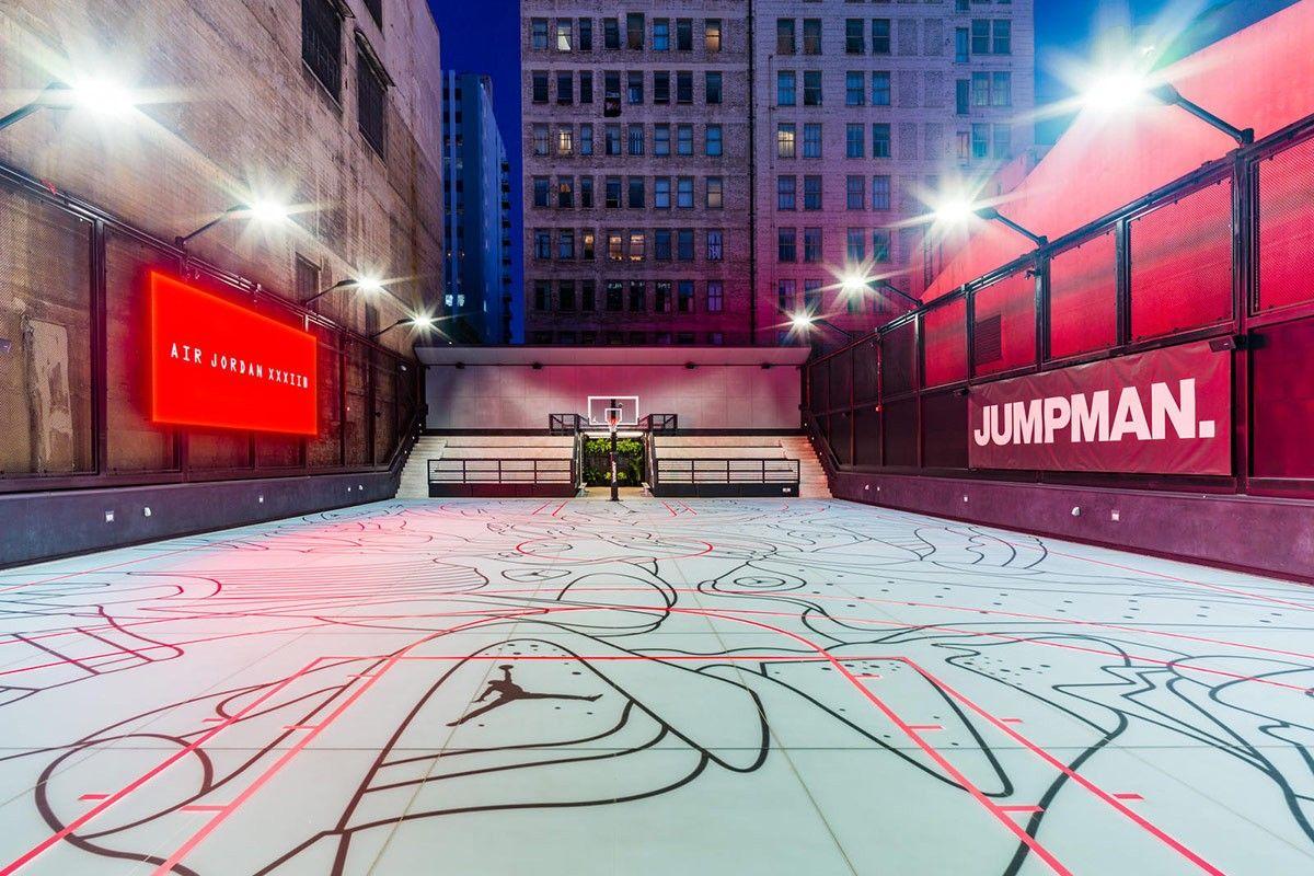Jordan Brand S La Store Features A Rooftop Basketball Court Basketball Court Basketball Street Basketball
