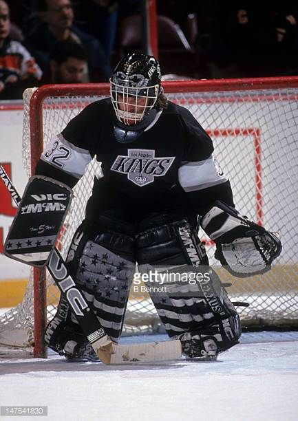 Goalie Kelly Hrudey Of The Los Angeles Kings Defends The Net During Picture Id147541830 433 612 Hockey Goalie Los Angeles Kings Goalie