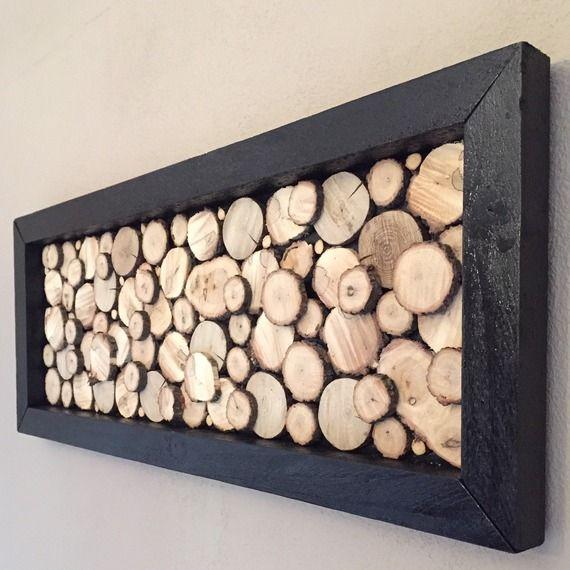 tableau design en rondins de bois avec cadre noir rondins de bois pinterest bois rondin. Black Bedroom Furniture Sets. Home Design Ideas