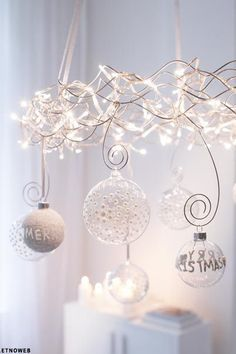 Modern Christmas Decoration Inspiration