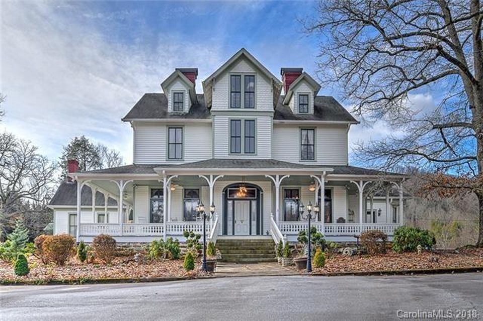 1109 White Pine Dr Hendersonville Nc 28739 Mls 3649512 Zillow Abandoned Mansion For Sale Mansions For Sale Abandoned Mansion