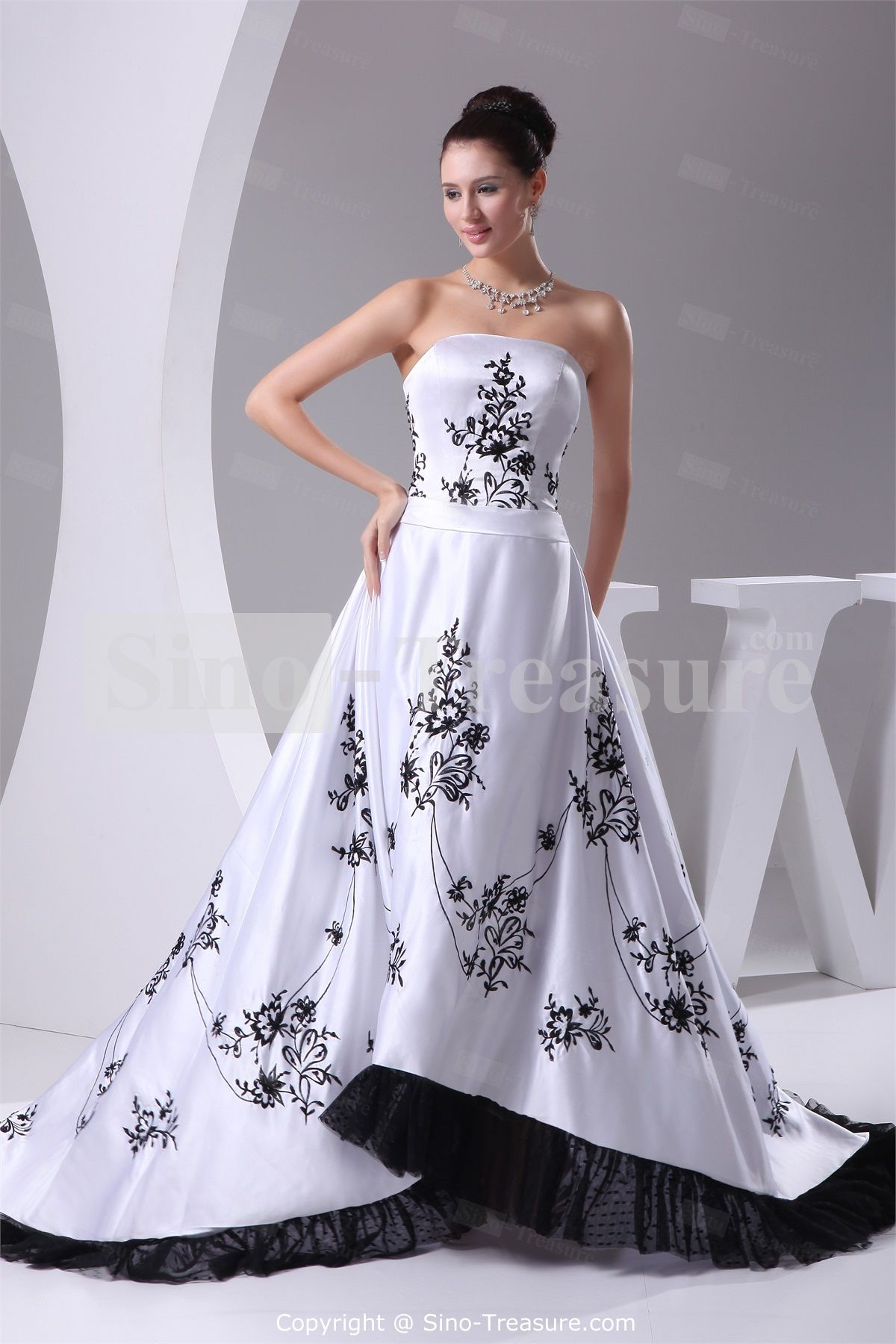 Black white strapless puddle train satin church a line wedding black white strapless puddle train satin church a line wedding dress wholesale price ombrellifo Image collections