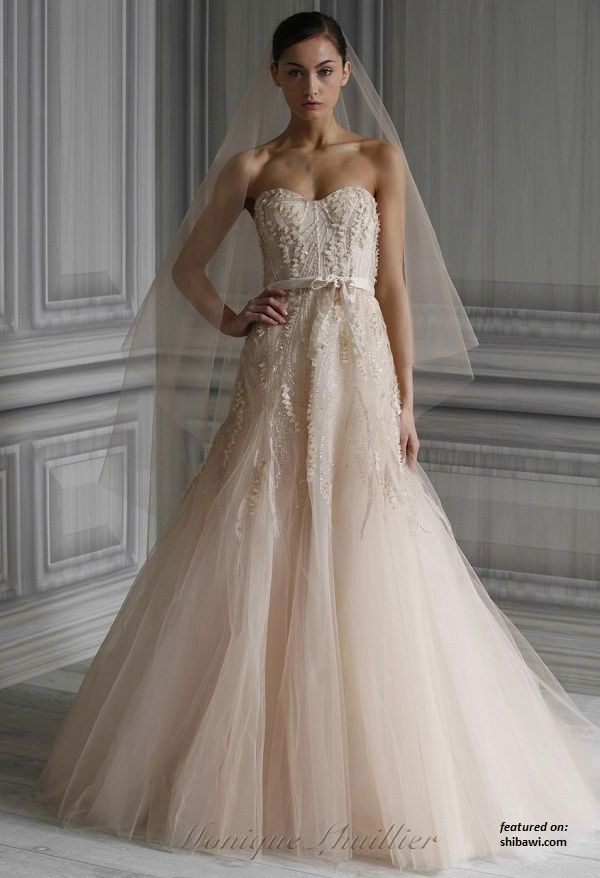 Another beautil dress | My obsession, wedding dresses | Pinterest ...