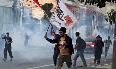 Brazil braces for uneasy start to World Cup as strikers' protests hits São Paulo