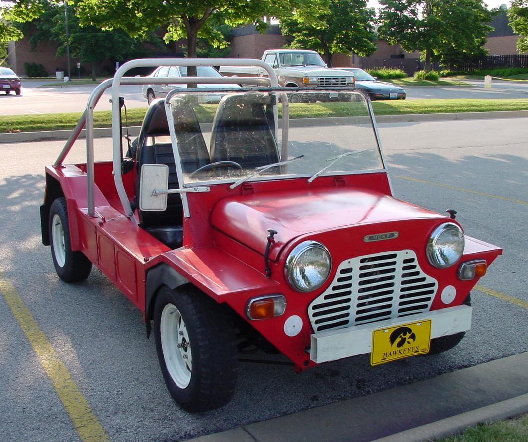 Old mini moke