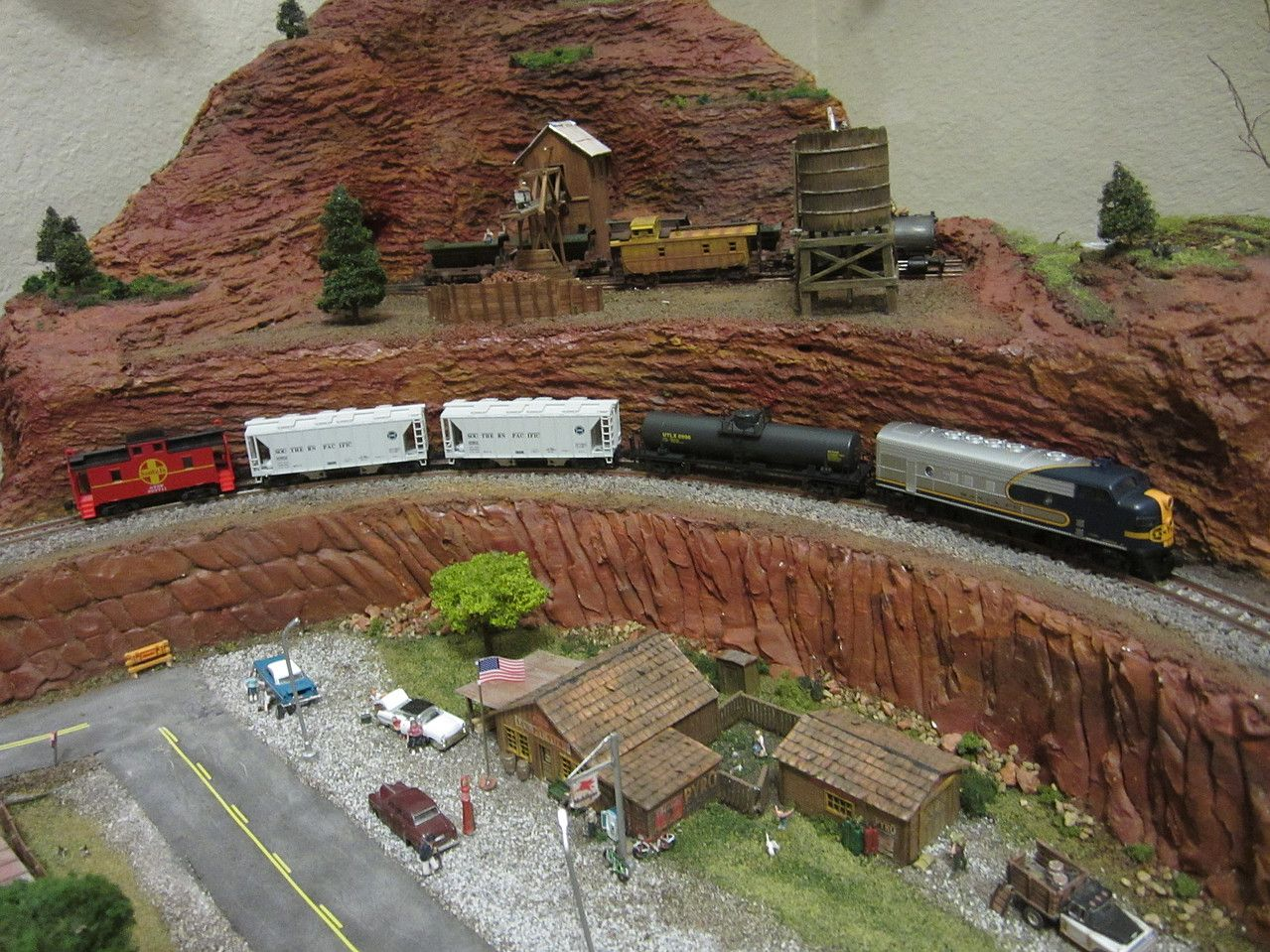 User Gallery Pictures Bluebonnet F7 Diesel Freight Train Only Set Santa Fe N Scale Model Train Set 1066273