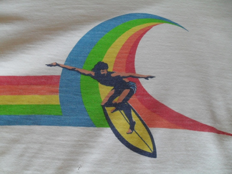 Vintage 70s Rainbow Surf Wave Op T Shirt Cali 70s Caℓi