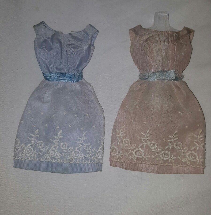 2 Vintage Barbie Doll S Reception Line Dress Rare Variations Ebay Vintage Barbie Clothes Vintage Barbie Bridal Sets Vintage
