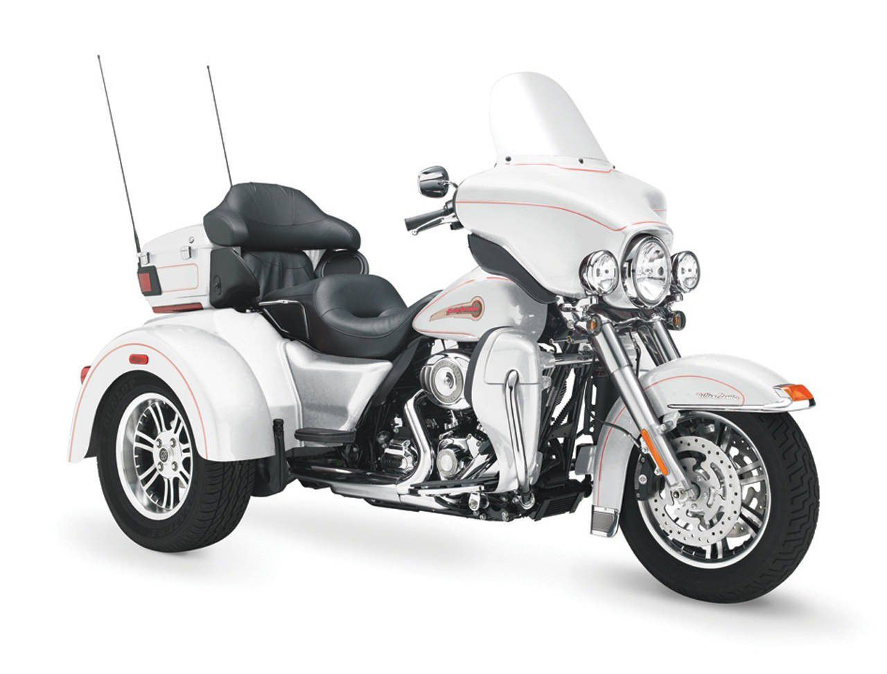 harley davidson tri glide trikes beauty white harley davidson tri glide pinterest harley. Black Bedroom Furniture Sets. Home Design Ideas