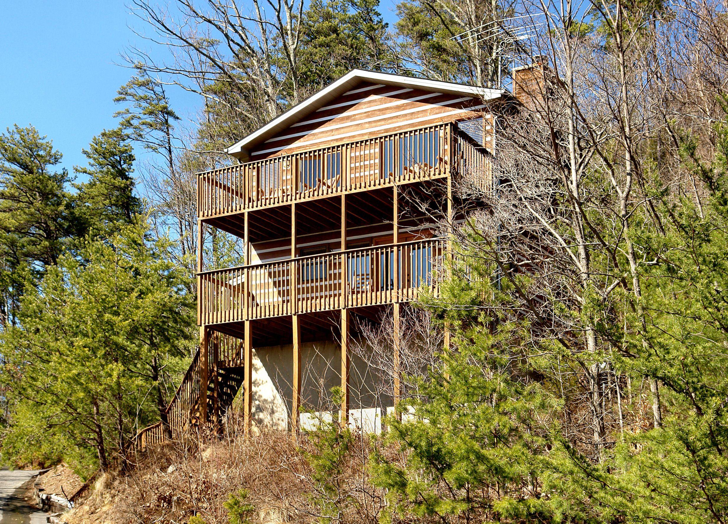 SEVIERVILLE Cabin Rental AMAZING VIEW 223 2 Bedroom