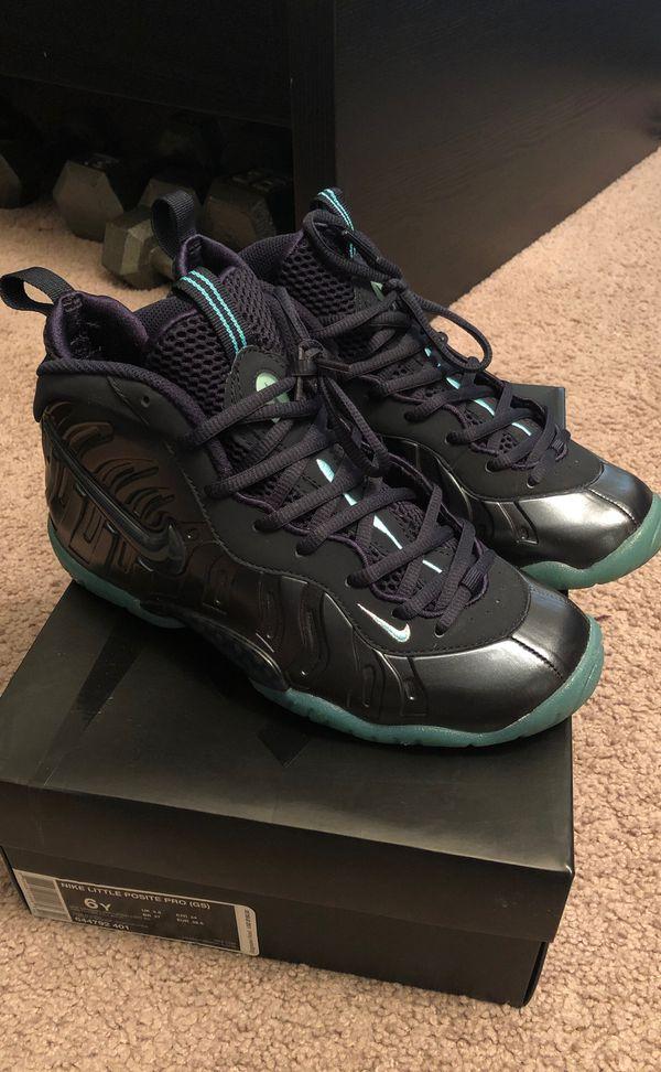lowest price 3674d 1e597 Nike Foamposite size 6Y- Dark Obsidian/ Aqua for Sale in San ...