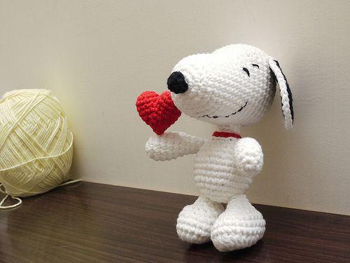 Snoopy | Bichinhos de croche, Amigurumi de animais de crochê ... | 375x500