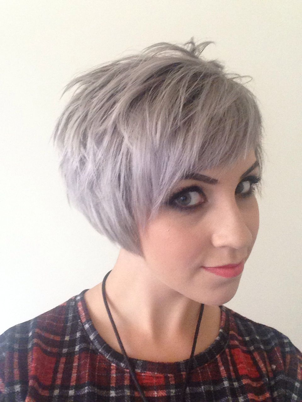 Short Grey Hairstyles: Short Assymetric Undercut Grey Silver Blonde Hair Mac