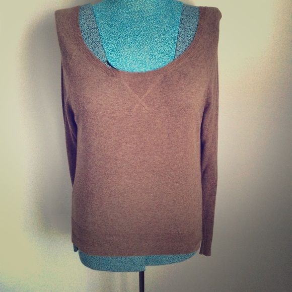 LAST DAY Very cute light weight sweater top. ❌no trades ❌no PayPal American Eagle Outfitters Sweaters