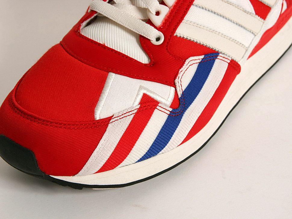 Fresh sneakers and vintage trainers. IN SNEAKERS WE TRUST