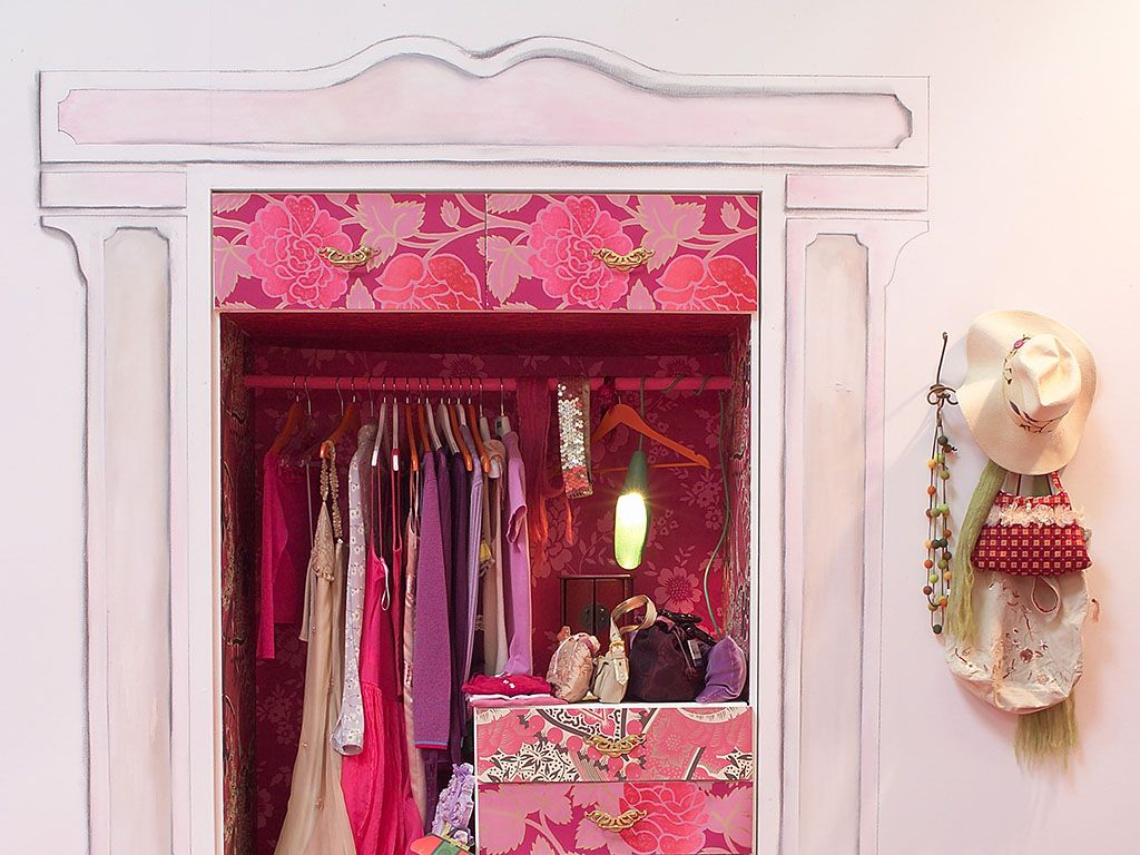 Così ricavi la cabina armadio in una nicchia!