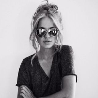 Messy Bun Long Face Hairstyles Long Faces Messy Hairstyles