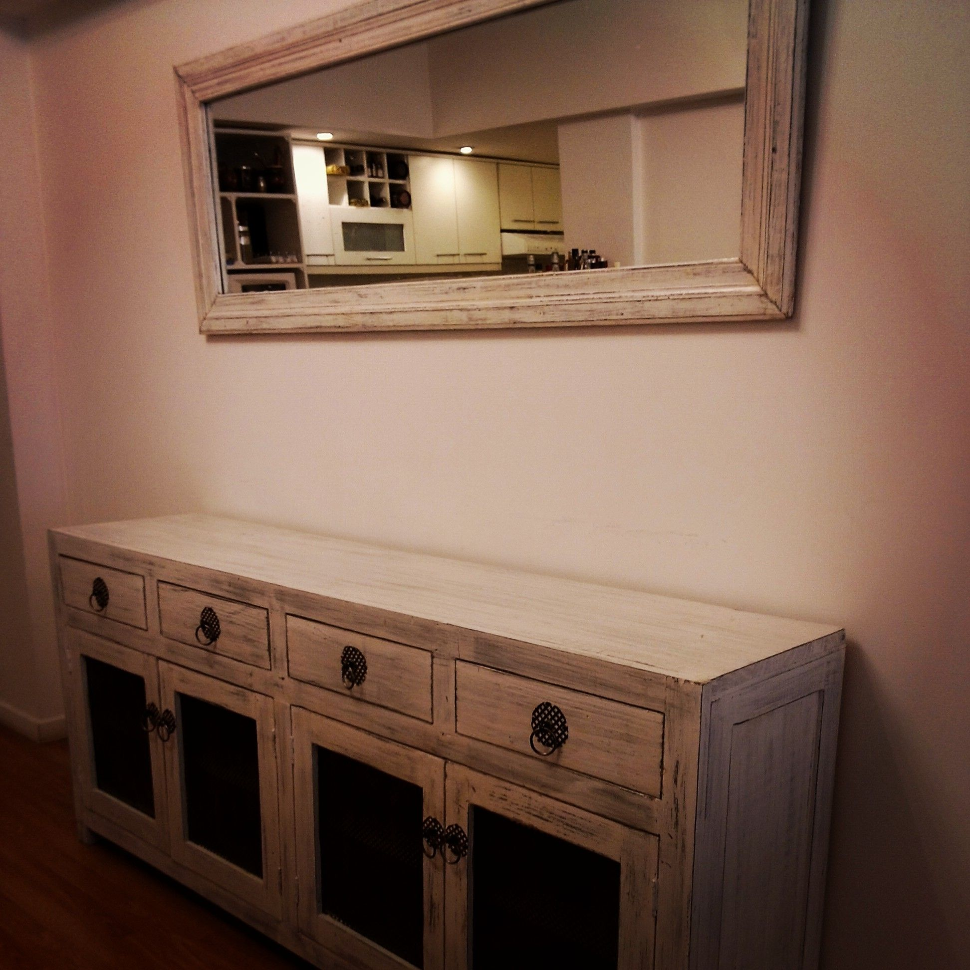 Vajillero y espejo home pinterest muebles de for Aparadores con espejo