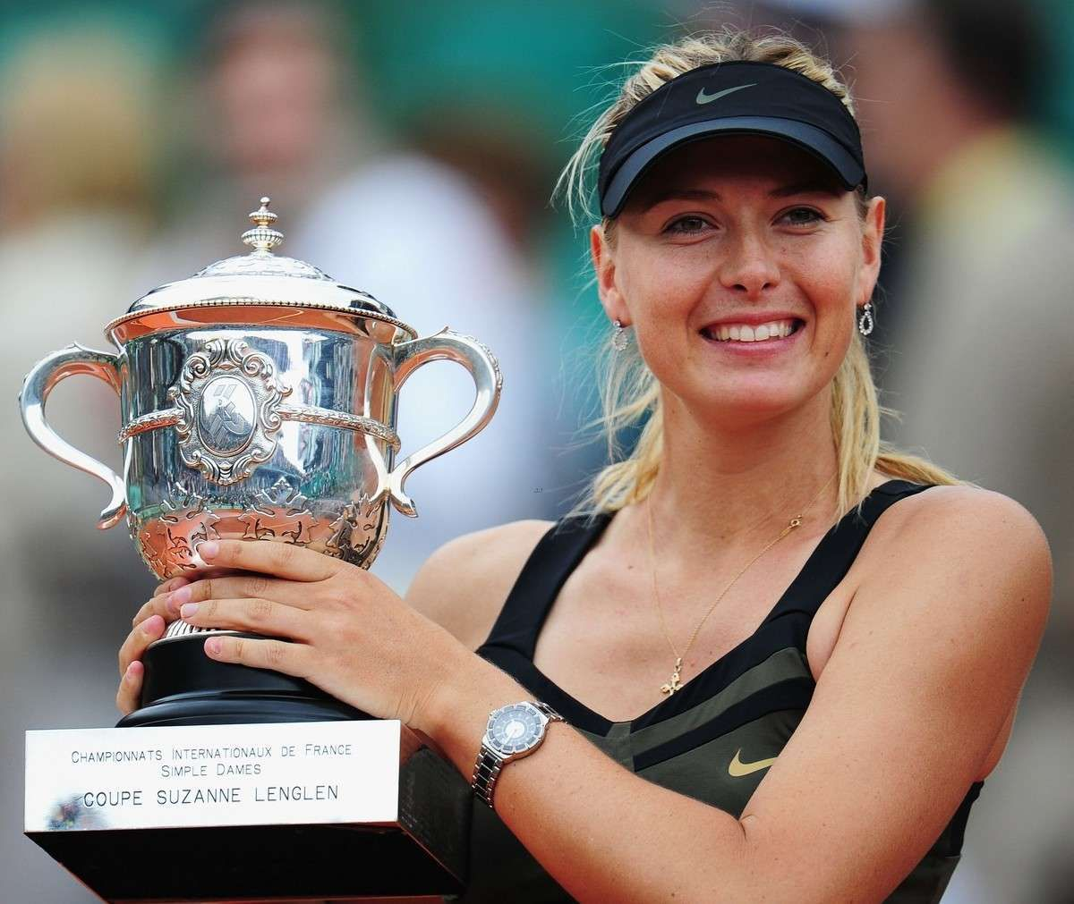 Maria Sharapova receiving an Award