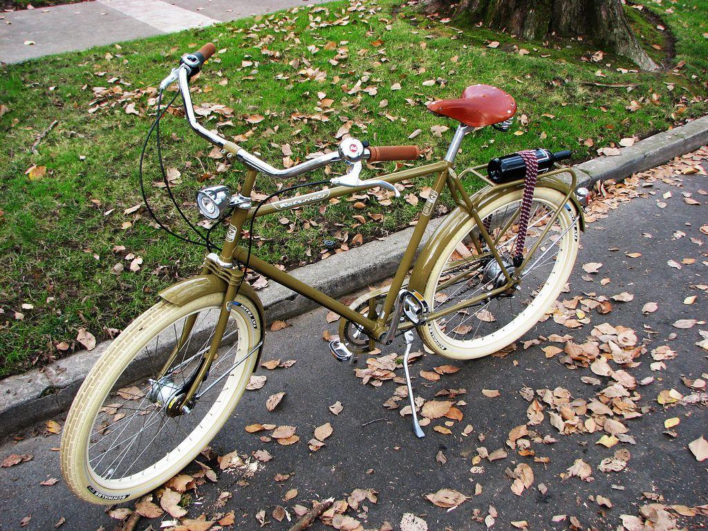 #Retrovelo bici clasica fabricada exclusivamente para ti  www.avantum.bike/retrovelo