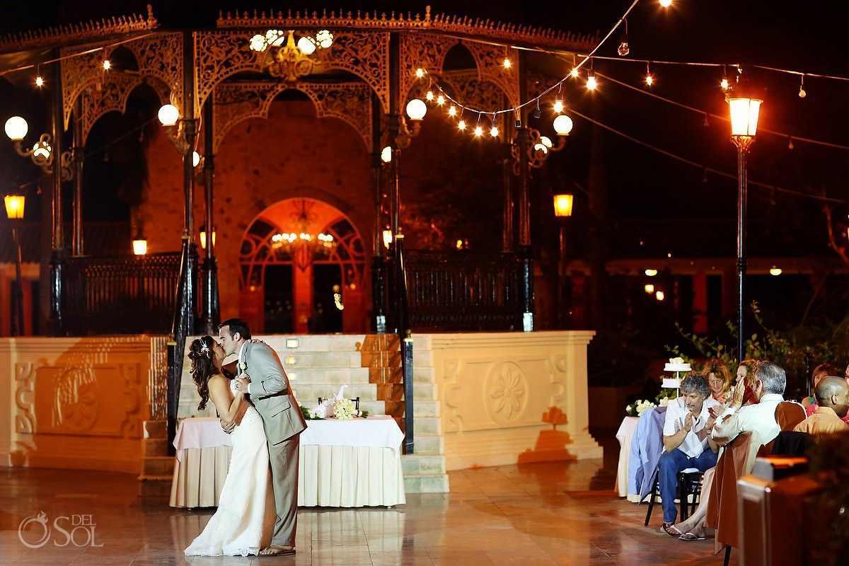 Riviera Maya Wedding At Iberostar Paraiso Lindo An Amazing Having Their First Dance In The Plaza Near Gazebo Mexico Photographers Del