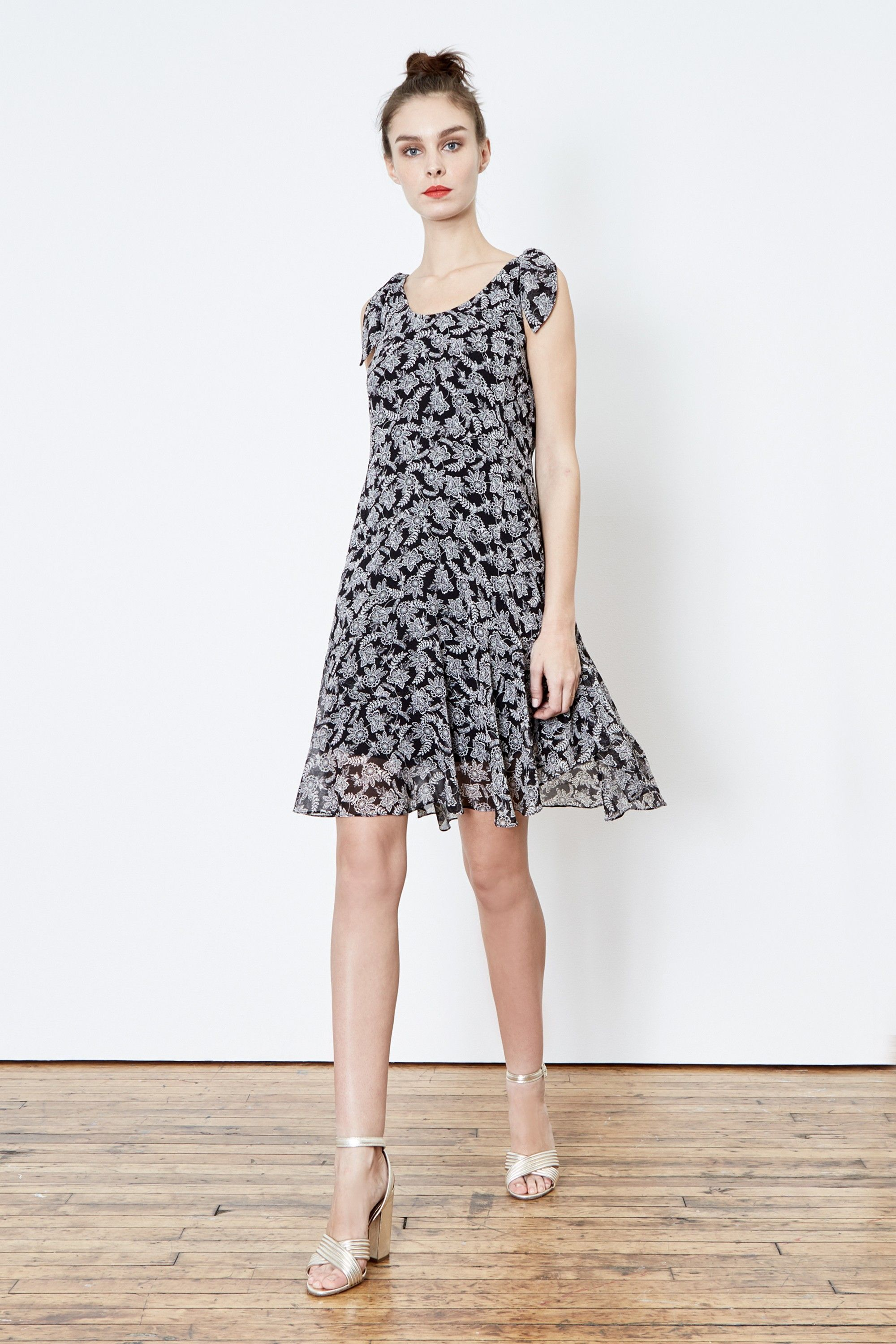 Donna Morgan Olivia Ruffle Flounce Dress Perfect Fun Flirty For Summer