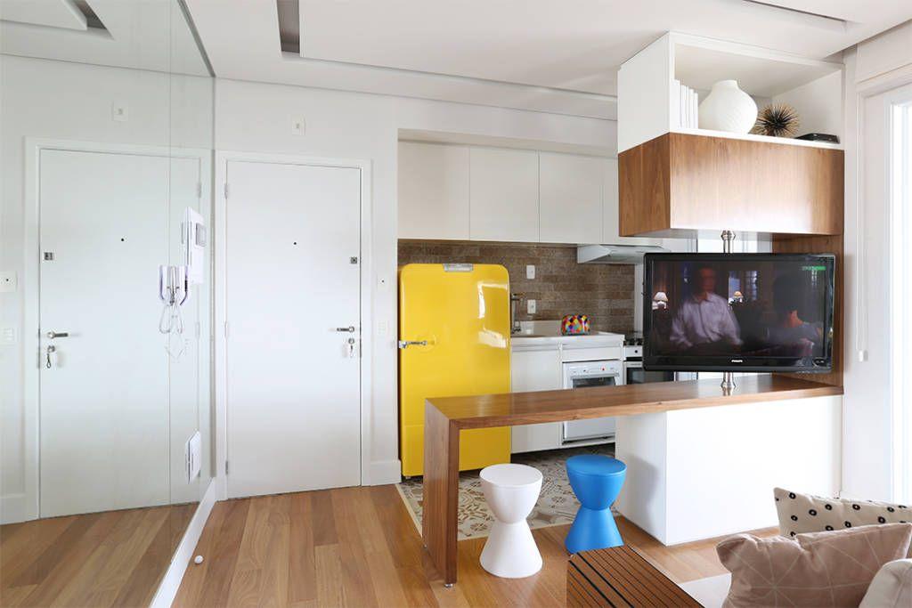 Cozinha e Living integrados (De Duda Senna Arquitetura e Decoração)