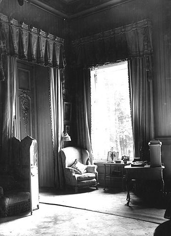 Photos of the Mauve Room, Alexandra's favorite room in the Alexander Palace at Tsarskoe Selo