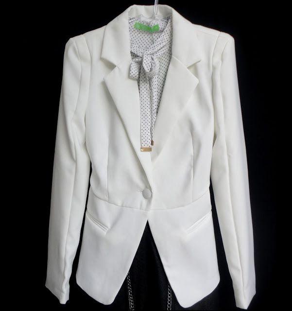 Camisa Poá Gola Laço Blazer branco tecido que não amassa