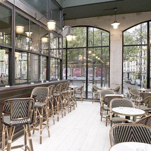 Alors La Brasserie Barbes Brasserie Barbes Design De Cafe Interieur Bistro