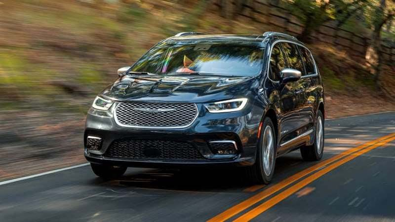 2021 Chrysler Pacifica First Look New Awd For A Vantastic People