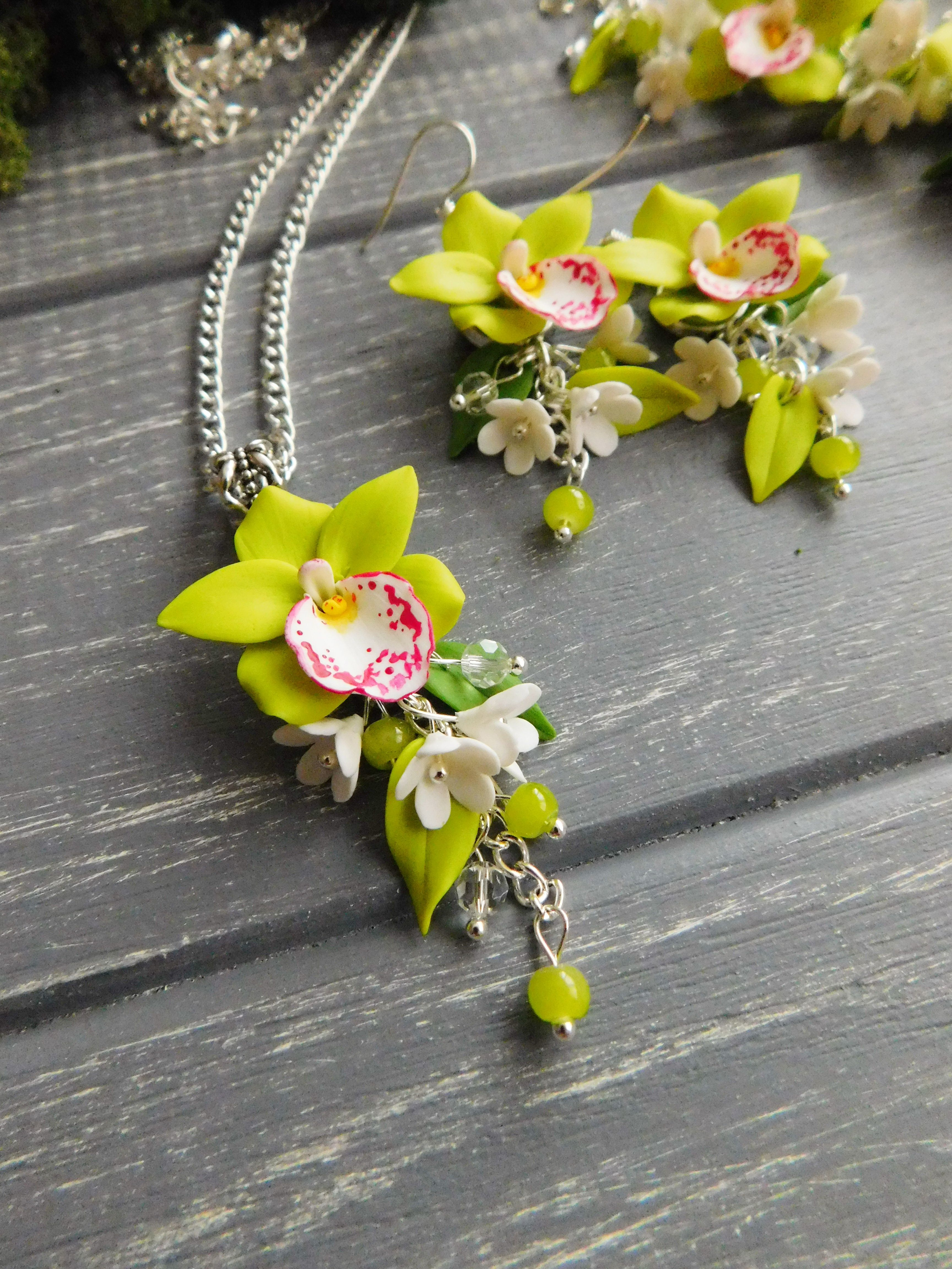 Polymer Clay Orchid Necklace Polymerclay Orchid Flower Style Fashion Look Handmade Polymer Clay Flower Jewelry Polymer Clay Flowers Polymer Clay Jewelry
