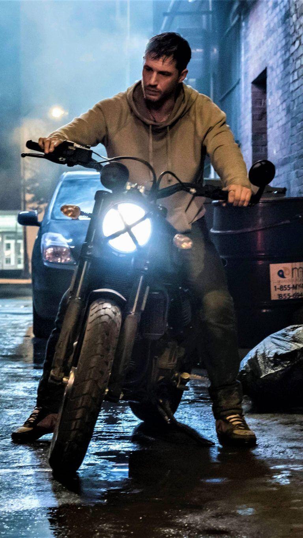 Tom Hardy In Venom With Images Tom Hardy Movies Tom Hardy Tom Hardy Hot