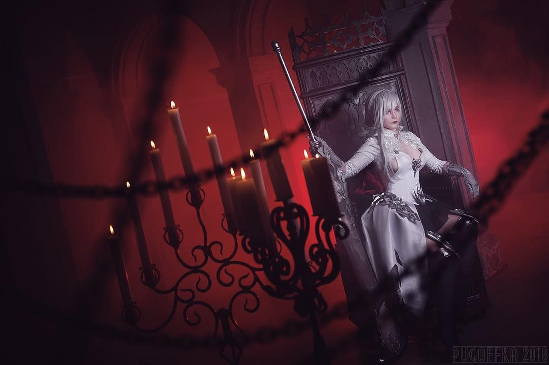 """Koyu on Instagram: """"The pieces of broken mirror became a sword that destroyed Evil Queen. Preview of Snow photoshoot ️ Me as #snowwhite of #sinoalice…"""""""