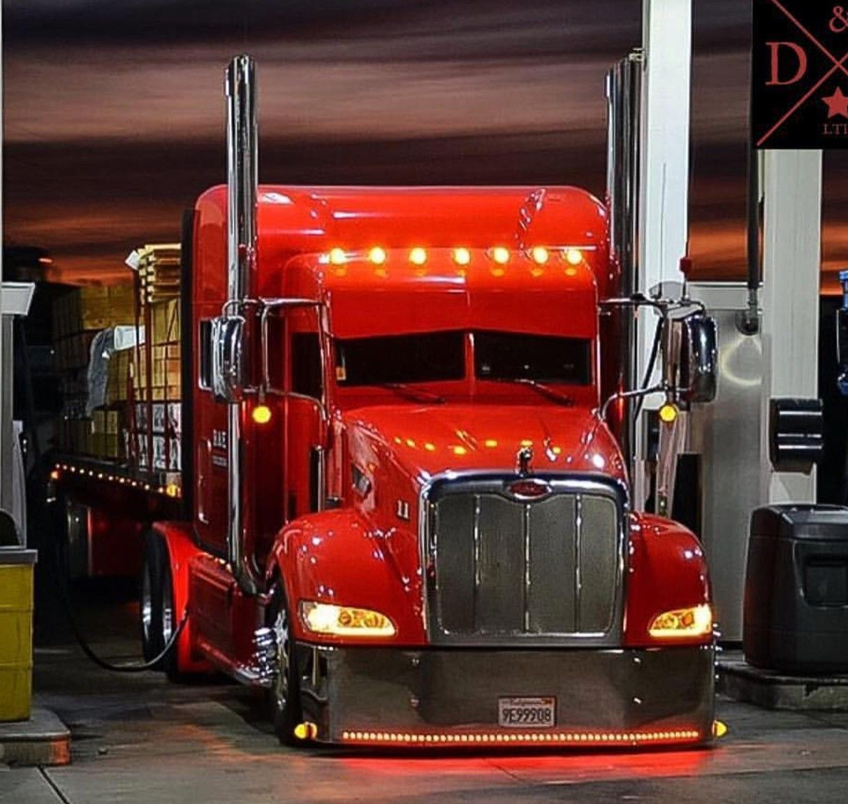 Pin by Jeff Pinkerton on Peterbilt in 2020 (With images